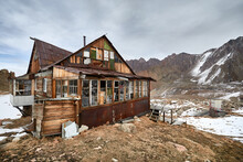 Old House At Mountain Valley