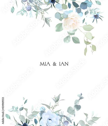 Fotografia Creamy beige rose, anemone, dusty blue thistles, eucalyptus, greenery, juniper,