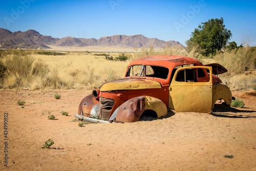 Obraz na plátně car wreck in the Namibian dessert