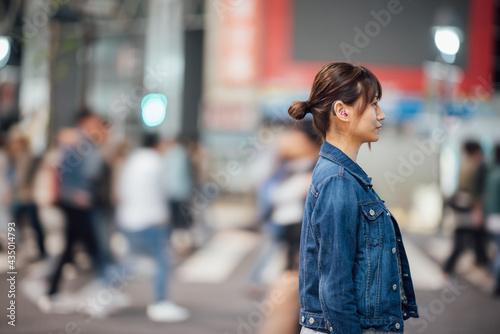 【手話】(女性)補聴器 Tapéta, Fotótapéta