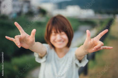Fotografija 【手話】(女性)「アイラブユー」
