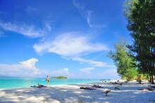 Beach At Lipe Island , Satun Thailand