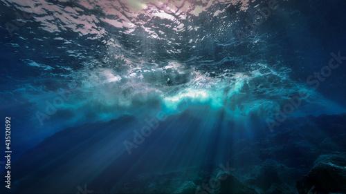 Fotografía The light of God underwater