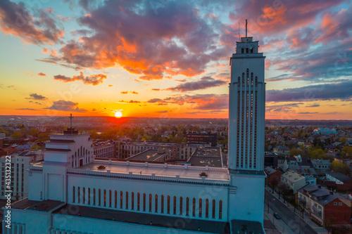 Fototapeta Amazing red sunset view over the Kaunas Lord Jesus Christs Resurrection Basilica