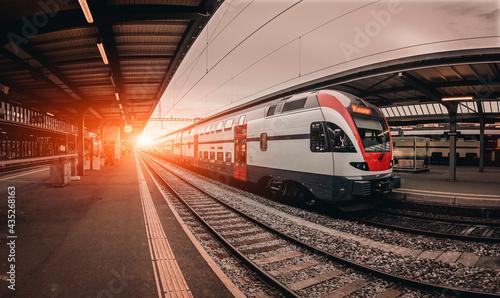 Obraz na plátně Modern train in the Geneva Cornavin station,  Geneva train station, Switzerland