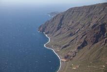 Vista Desde El Mirador De Isora De Las Playas Con El Parador Nacional De El Hierro