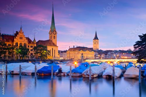 Skyline von Zürich am Abend, Schweiz Fotobehang