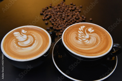 Canvas Cappuccino