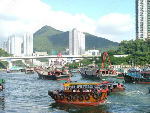Hong Kong fishing boat on the sea - sampan Fototapeta