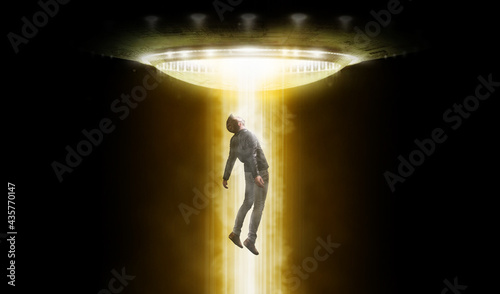 Tela Man being abducted by UFO