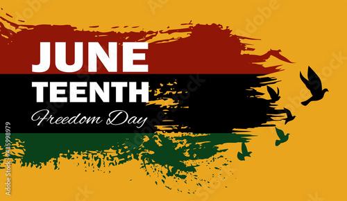 Photo Juneteenth Emancipation Day, Fist raise up breaking chain.