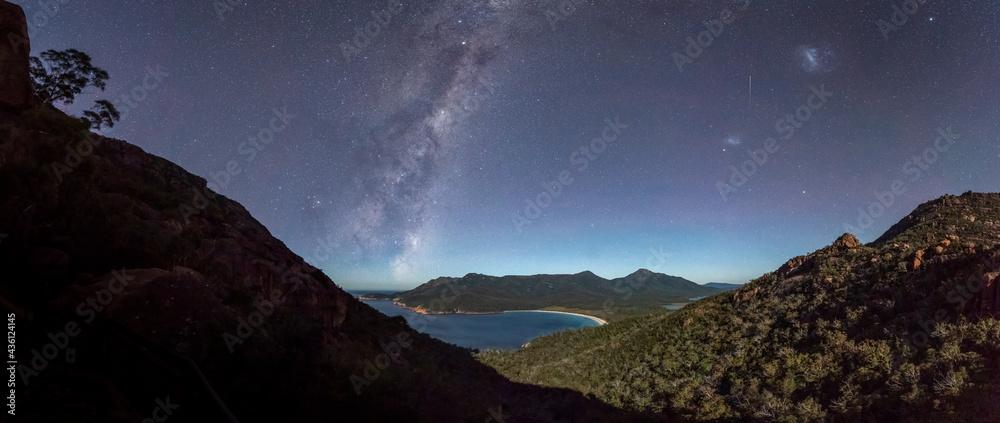 Fotografie, Obraz Milky Way rising over a moonlit Wineglass Bay, Tasmania