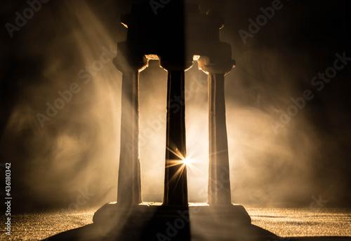 Fotografie, Obraz figure roman columns with backlight