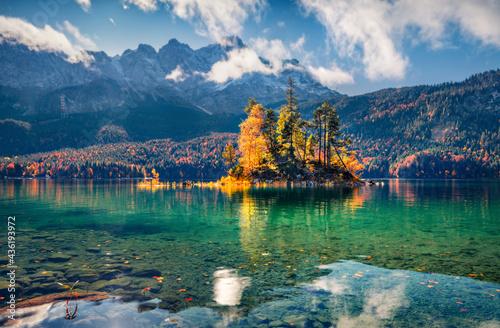 Fotografiet Wonderful autumn scenery