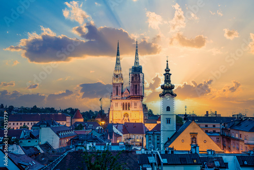 Fotografie, Obraz Cityscape view of the Zagreb Capital of Croatia at sunset with the famous Roman