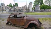Véhicule Brûlé Pendant La 2e Guerre Mondiale à Oradour-sur-Glane