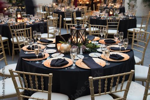 Elegant Banquet Wedding Table Setting Fototapeta