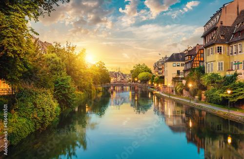 Canvastavla Strasbourg in the evening