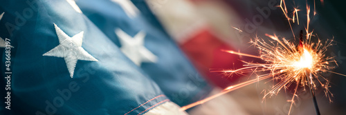 Tablou Canvas Close-up Of Vintage American Flag With Sparkler And Smoke - Fourth Of July Backg