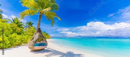 Fotografia Tropical beach paradise as summer landscape, beach swing hammock and white sand, calm sea serene beach