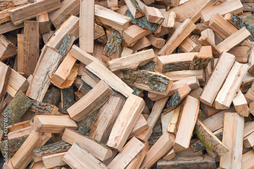 Photo Chopped oak wood firewood