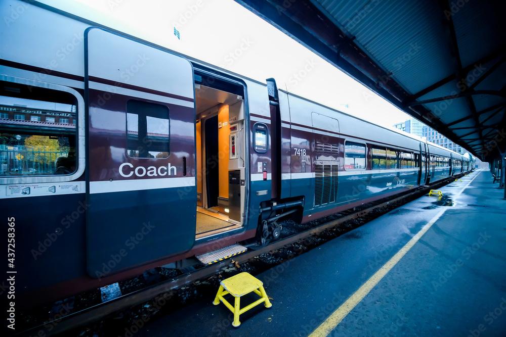 Fotografie, Obraz PORTLAND, OREGON -  Union Station in Portland, Oregon, an Amtrak train station,