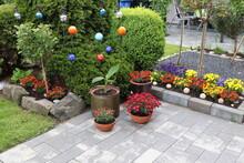 Gartenterrasse Im Sommer.