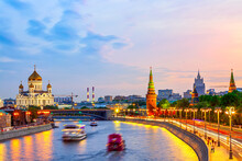 Beautiful Sunset Over The Moscow River, Cathedral Of Christ The Saviour And Embankment Of The Kremlin. Summer Sunset In Moscow, Russia.