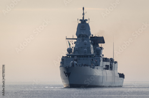WARSHIP - Guided missile frigate on the sea Fototapet