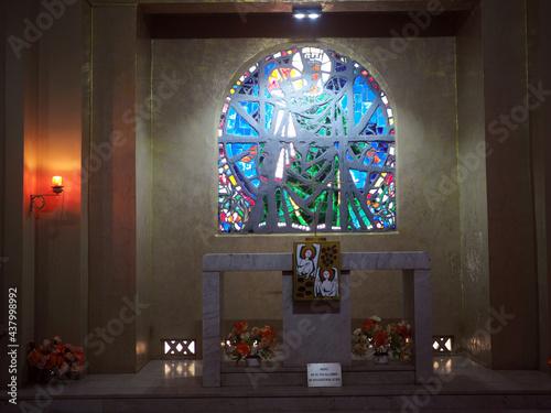 Fototapeta Intérieur d'une église à Dakar, Sénégal