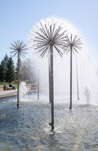 Round Fountains In Dandelion Park