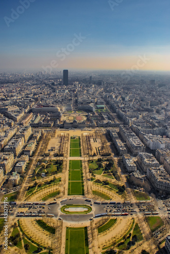 Slika na platnu エッフェル塔から見えるパリの街並み