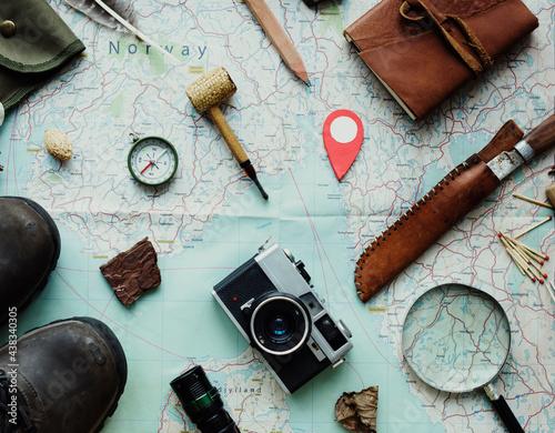 Fotografiet Planning for the trekking trip
