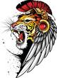 Płaska ilustracja Tatuaż z ryczącym tygrysem w pióropuszu i z ptasim skrzydłem na głowie.