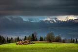 Fototapeta Na sufit - Krajobraz Górski  Na Szczyty Tatr