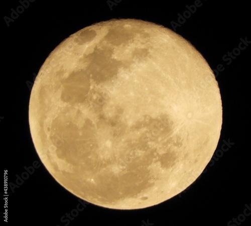 full moon over black Fotobehang