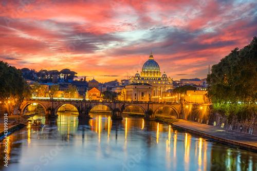Sunset view of Basilica St Peter, bridge Sant Angelo and river Tiber in Rome Fototapeta
