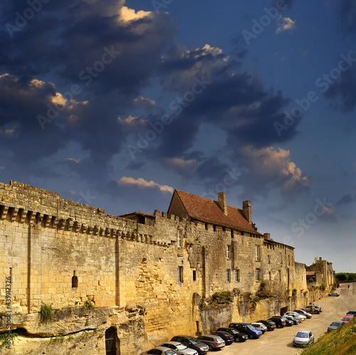 Fotografiet Saint-Emilion, Gironde, Aquitaine, France - A UNESCO World Heritage Site