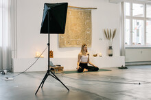 Online Meditation Class With Female Teacher