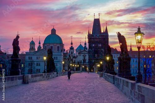 Canvastavla Charles Bridge in Prague at at Dawn