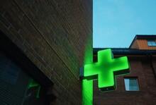 Pharmacy/hospital - Green Neon Cross
