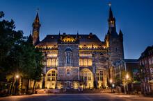 Aachen - Das Rathaus Bei Nacht