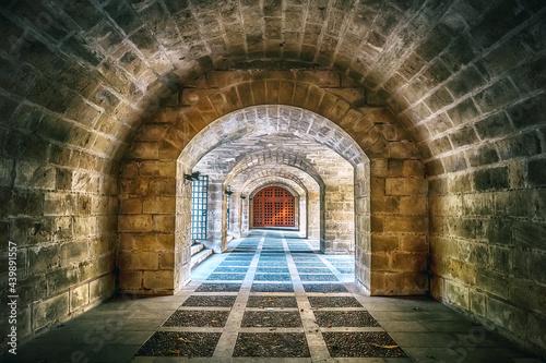 Carta da parati Light at the end of the passage, passage, tunnel