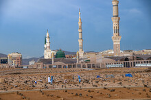 Awesome Shots Of Jannat Al Baqi Along With The Green Dome