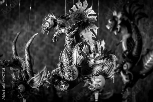 Canvastavla Mascara típica del baile de la diablada, es parte del folklore en Bolivia en Carnaval