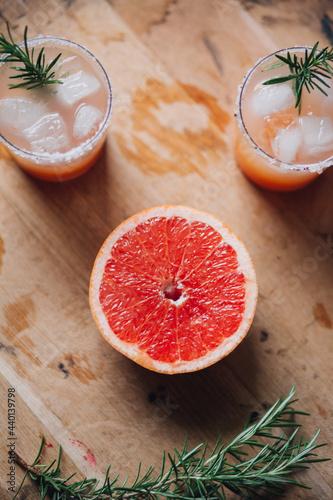 Fotografija grapefruit greyhound salty dog cocktail face