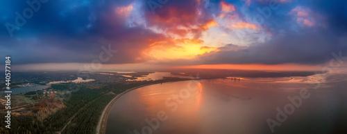 Fotografija Sunset over the sea