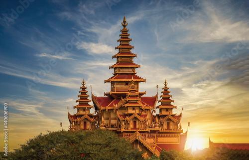 Fototapeta Landscape image of Ancient pagoda at sunset in Bagan, Myanmar.