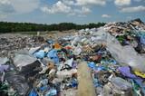 Fototapeta Fototapety do łazienki - Wysypisko śmieci , Polskie wysypisko śmieci , wysypisko , śmieci, marnować, zanieczyszczenia, charakter, plaza, woda, plastik, śmieci, okolica, wysypisko, kamienie, śmieci, , krajobraz, składowisko