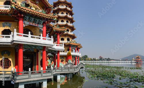Fotografie, Obraz Dragon and Tiger pagoda
